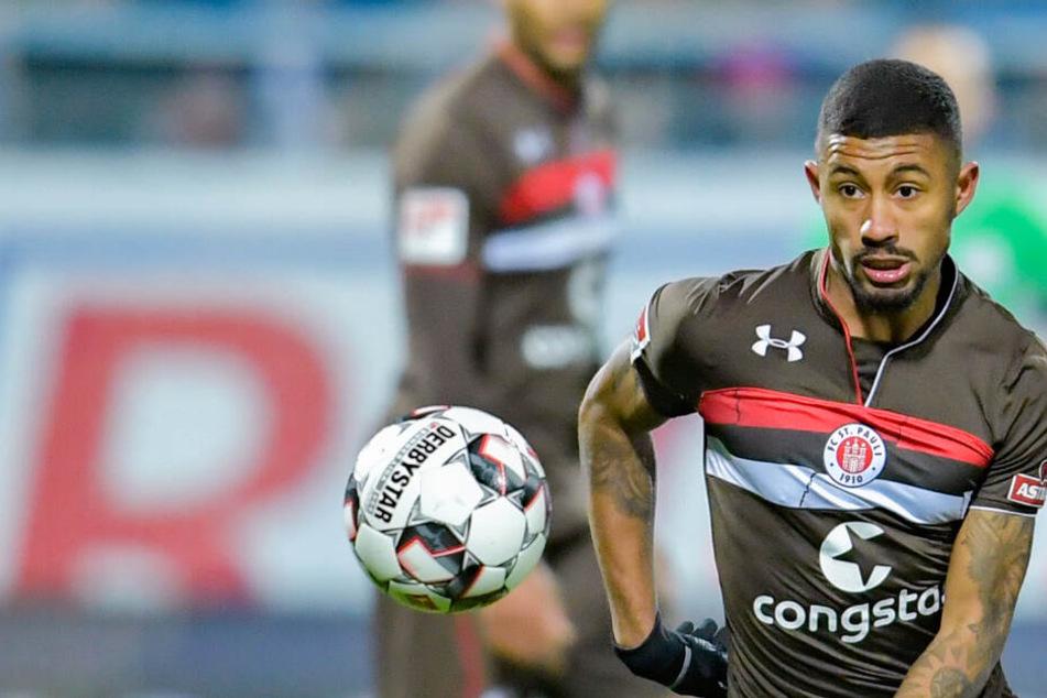 Jeremy Dudziak tauscht ab Sommer das braune Trikot des FC St. Paulis gegen die rote Hose des HSV ein.