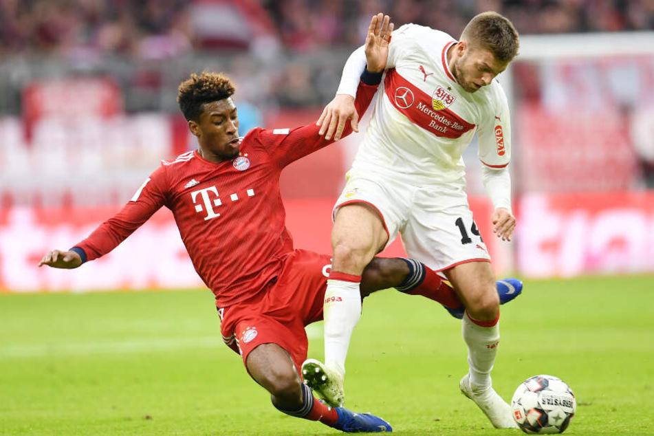 Hart umkämpft: Bayerns David Alaba versucht Alexander Esswein den Ball abzuluchsen.