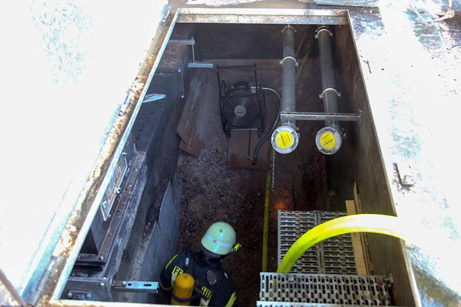 Das Feuer war in einem unterirdischen Bunker ausgebrochen.