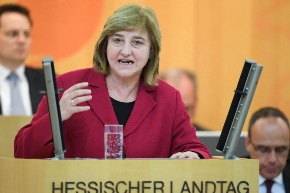 Eva Kühne-Hörmann brachte den Vorschlag vor.
