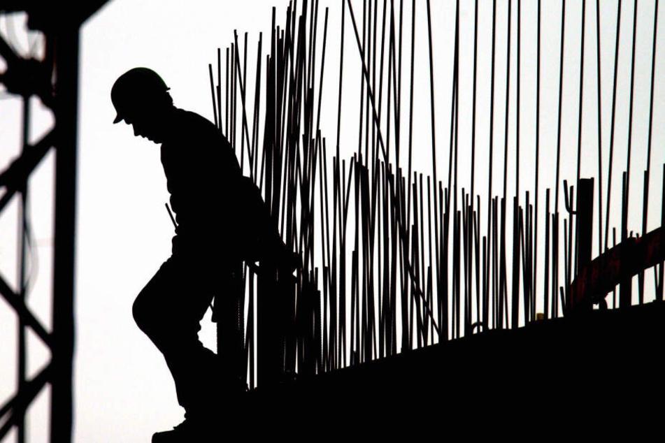 Die Schwarzarbeit in NRW wird strickt sanktioniert. (Symbolbild)