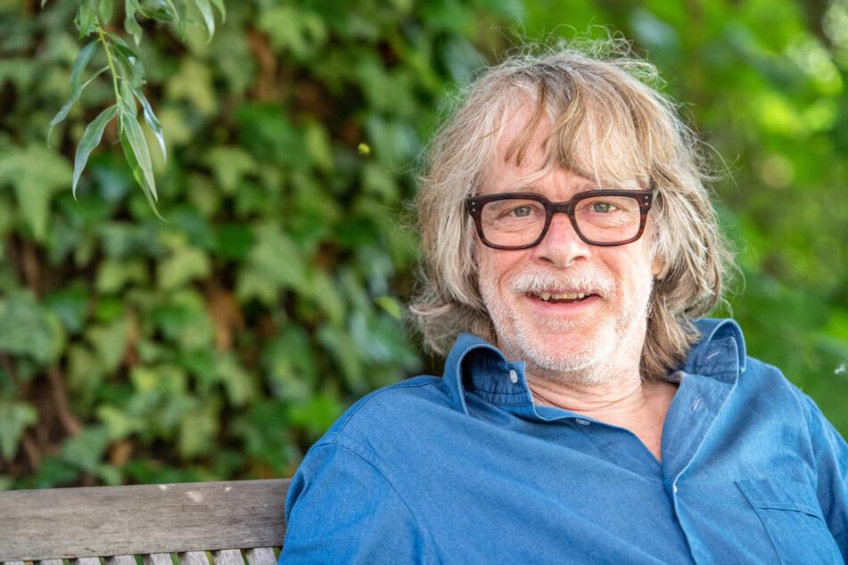 """Helge Schneider (65) will bei seiner Sommertournee """"Let's lach"""" durch Deutschland bis September jeden Monat etwa ein Dutzend Mal auftreten."""