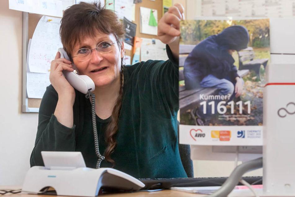 Kerstin Graff (57) und ihre Mitarbeiter erhalten jährlich bis zu 10.000 Anrufe unter der 116 111.