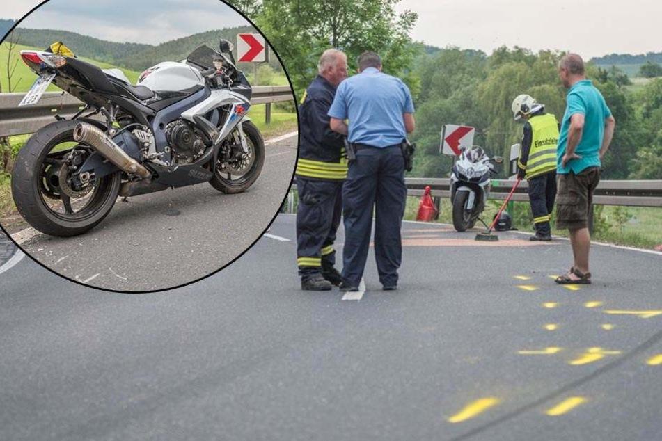 Motorradfahrer stürzt in Kurve: Schwer verletzt