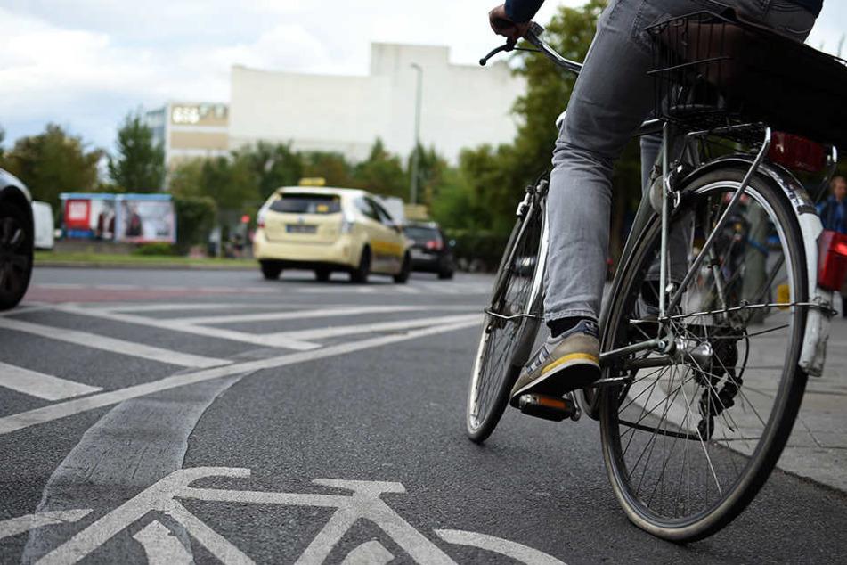 Stark alkoholisiert auf dem Fahrrad unterwegs: Der Ausflug eines Krankenhaus-Patienten endete bei einer Polizeikontrolle.