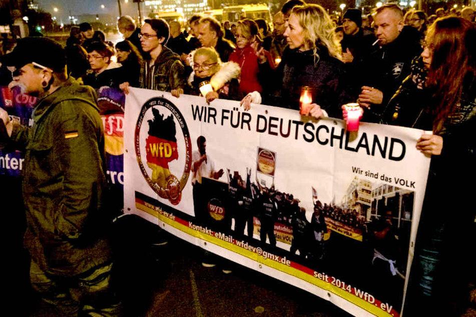 """""""Merkel hat uns besiegt!"""" Rechte Initiative gibt auf"""