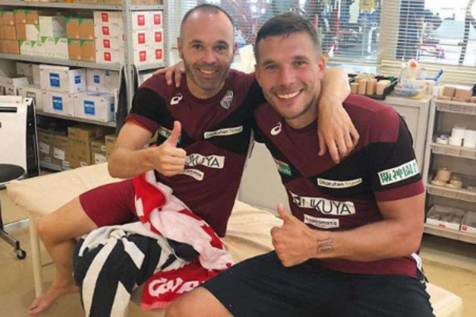 Poldi, Iniesta, Bämm: Schaut Euch diese geile Bude an!