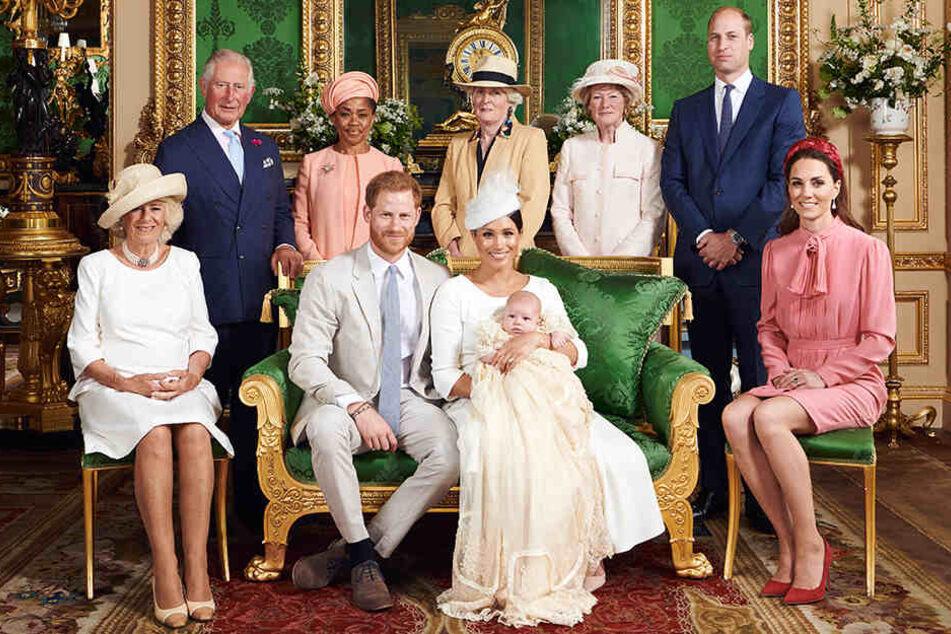 Kleiner Royal Archie getauft: Dieses Foto geht um die Welt!