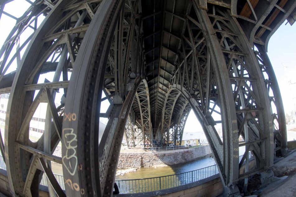 Die Bahnbögen der denkmalgeschützten Brücke sollen bei der Sanierung erhalten bleiben.