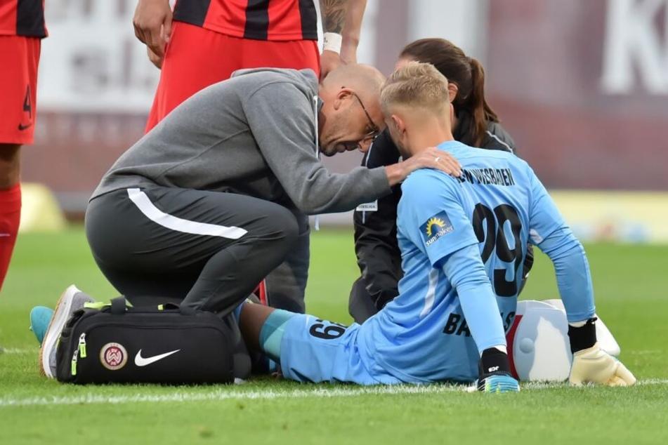 Jan-Christoph Bartels verletzte sich am vergangenen Freitag beim Spiel des SV Wehen gegen den VfL Osnabrück.
