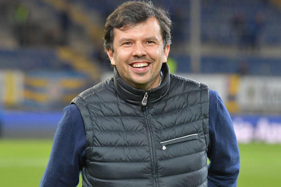 Wird Sport-Geschäftsführer Samir Arabi (38) das Wunder schaffen und Konstantin Kerschbaumer längerfristig an den Verein binden können?