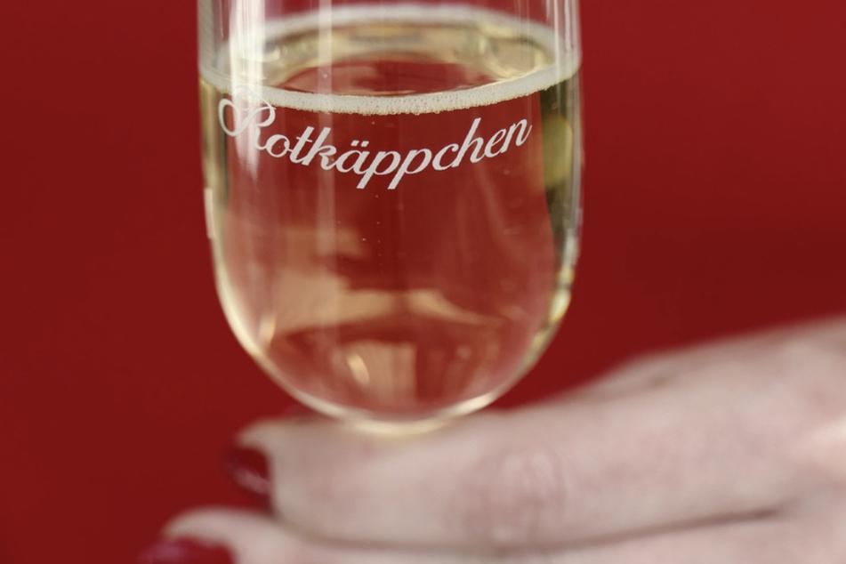 """Rotkäppchen-Mumm Sektkellereien profitieren vom """"Home Cooking"""""""