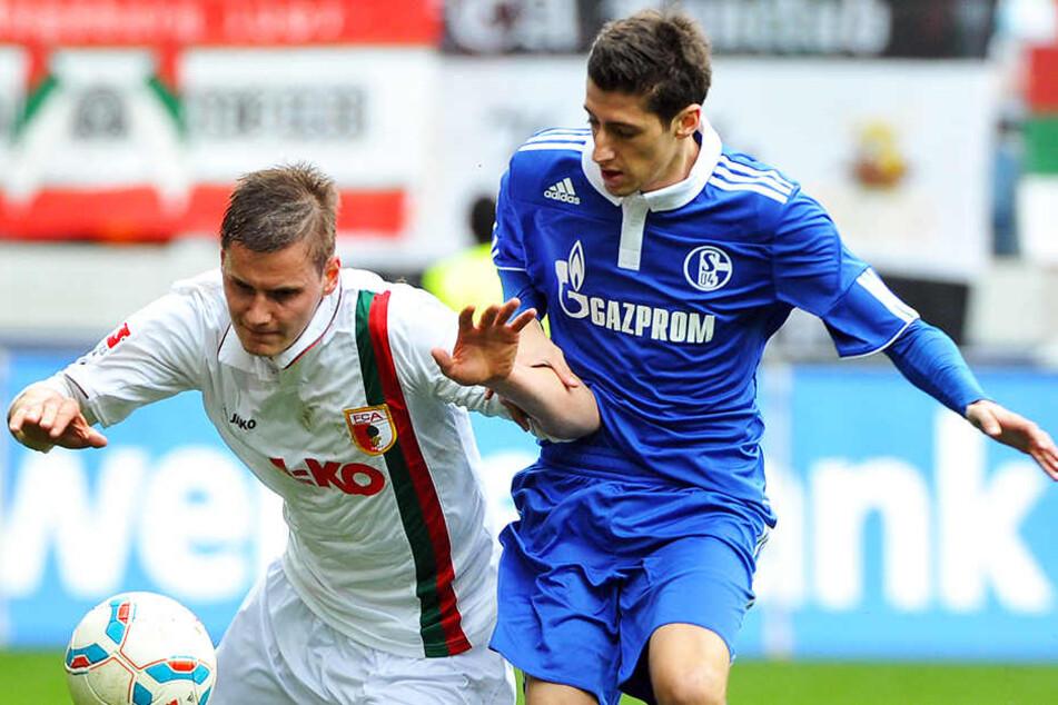 Schlimm: Der frühere Schalker Sergio Escudero (r.) hat sich am Sonntag schwer verletzt.