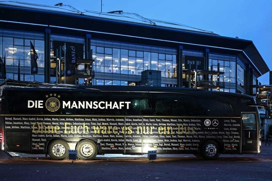 Der Mannschaftsbus des DFB-Teams war gegen die Niederlande zum letzten Mal ein Mercedes.