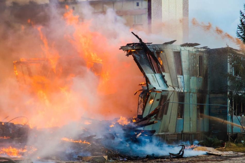 Ein Kurzschluss soll den Brand ausgelöst haben, bei dem sechs Bauarbeiter ums Leben kamen. (Symbolbild)