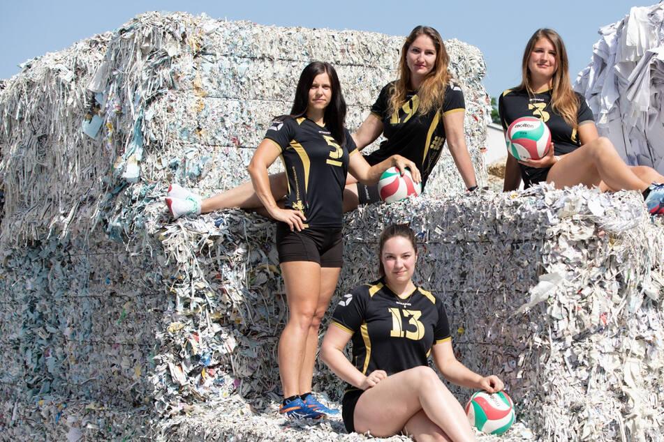 Neuer Kalender: Freitals Volleyballerinnen gibt's wieder fürs ganze Jahr