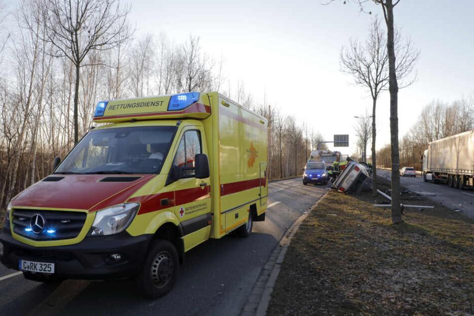 Der Fahrer des VW wurde schwer verletzt.