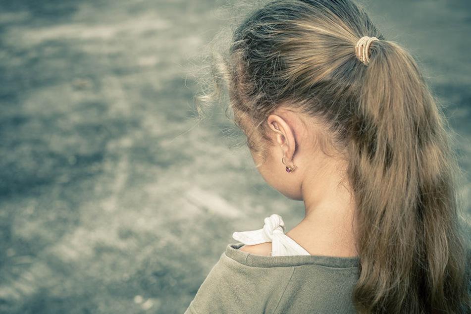 Die inzwischen junge Frau wurde als 13-Jährige von einem katholischen Ordensbruder sexuell missbraucht.