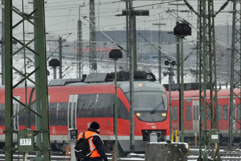 Der Bahnverkehr in NRW hat zunächst mit keinen Einschränkungen zu kämpfen.