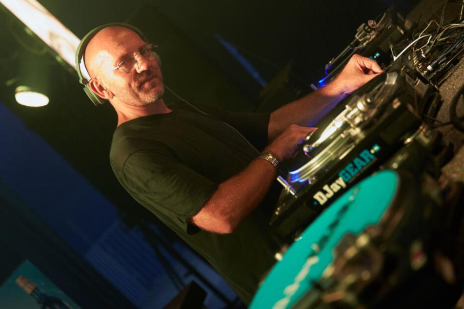 Sven Väth zählt auch heute zu den ganz großen Acts auf den großen Techno-Festivals dieser Welt (Archivbild).