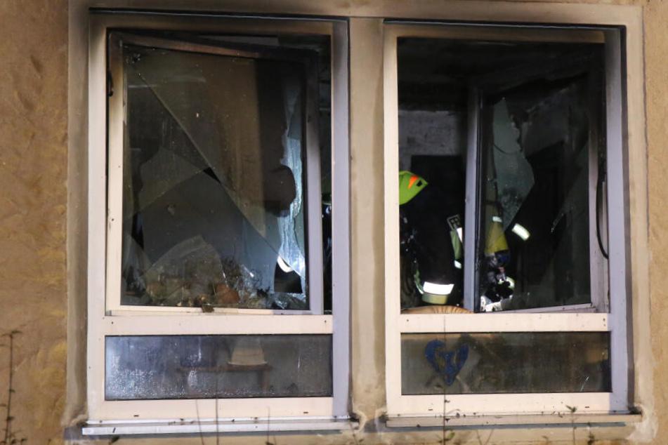Drei Hausbewohner entkommen nur knapp der Feuer-Falle