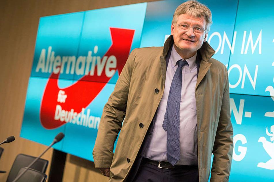 """AfD-Vorstand Jörg Meuthen schätzt den """"Halbneger""""-Tweet als rassistisch ein."""