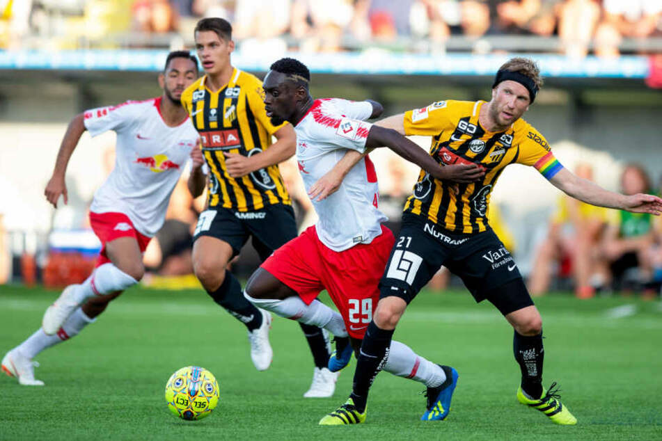Oft am Ball, zum Tor reichte es nicht: RB Leipzigs Stürmer Jean-Kevin Augustin (#29).