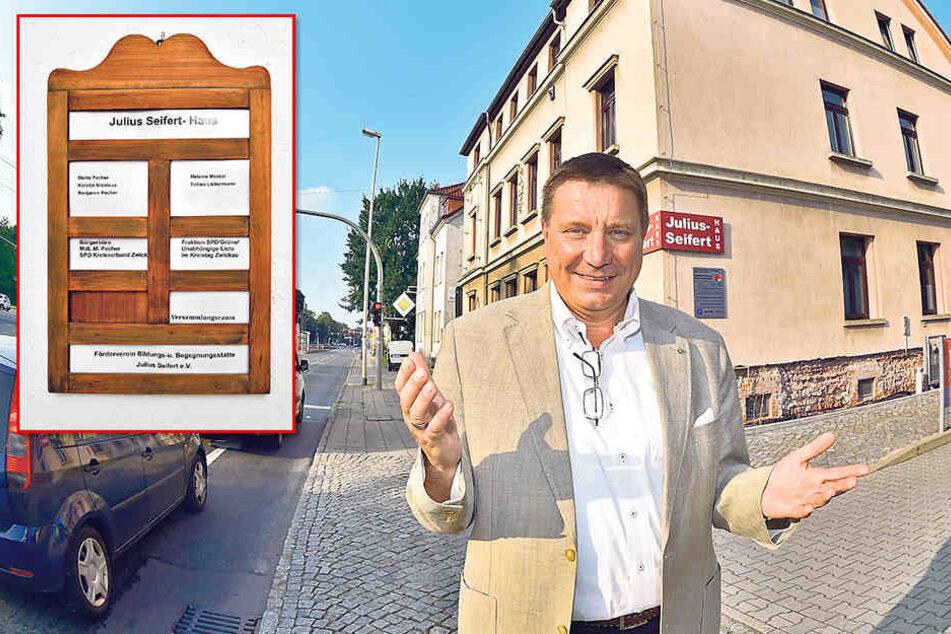 """Zwickau oder Hartmannsdorf? Stadtrat Mario Pecher (54, SPD) steht vor dem Haus in der Zwickauer Talstraße: """"Hier lebe ich."""""""