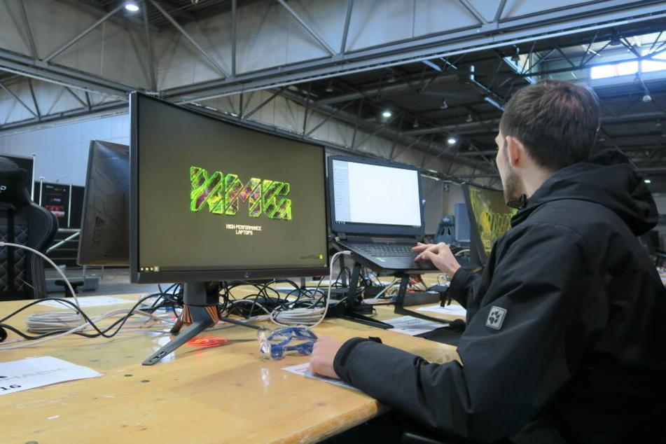 100 Laptops wurden dabei von Schenker/XMG bereitgestellt, die die Dreamhack Leipzig bereits von Beginn an mitorganisieren.