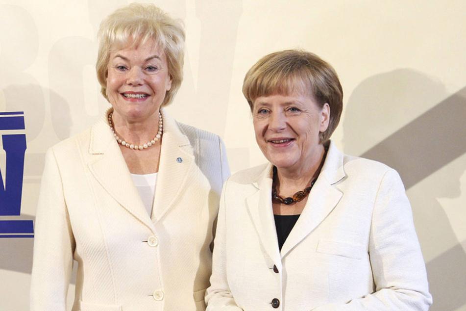 2014 noch scheinbar friedlich vereint: Erika Steinbach (l.) und Kanzlerin Angela Merkel.