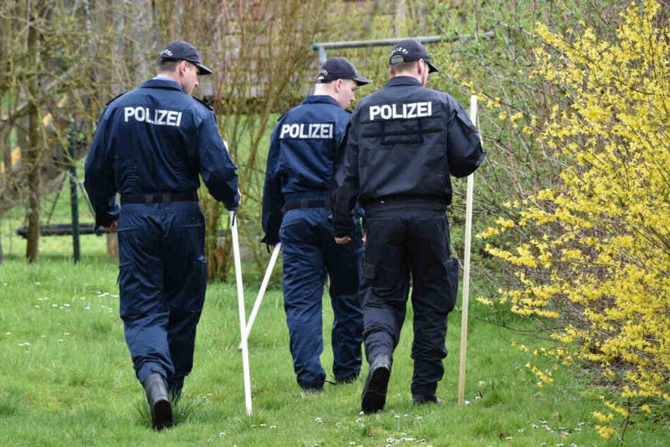 Die Polizei rollt den Fall neu auf. (Symbolbild)