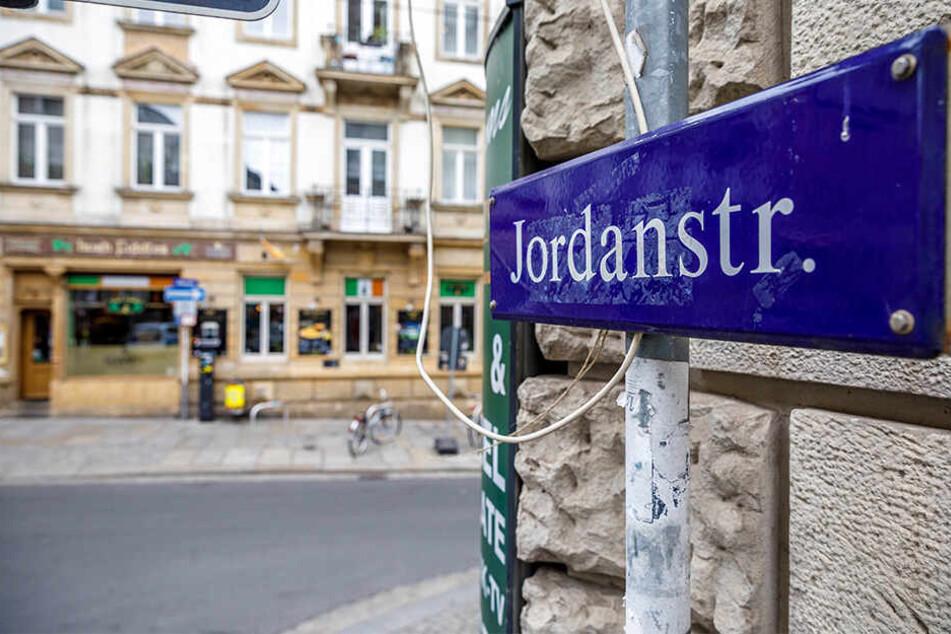 Die Jordanstraße erinnert an den zweiten Teil des Schoko-Unternehmergespanns.