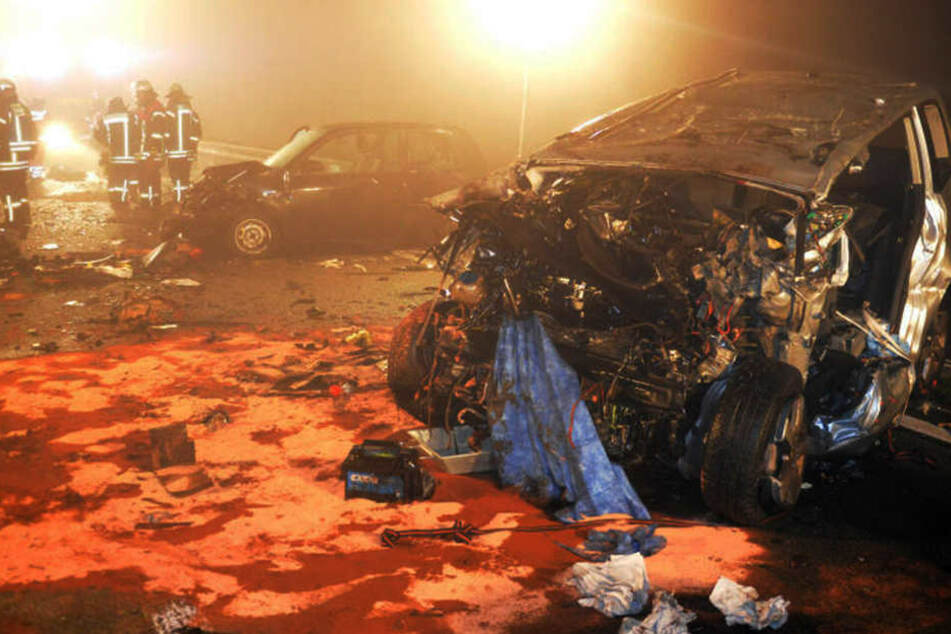 Insgesamt waren vier Fahrzeuge am Unfall beteiligt.