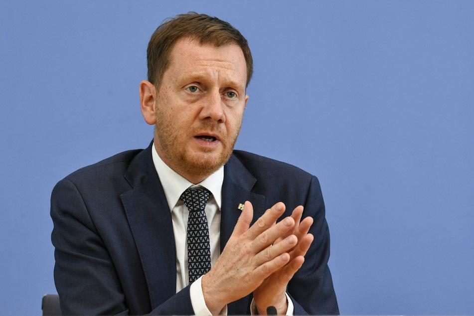 Sachsens Ministerpräsident Michael Kretschmer (45, CDU) steht hinter dem Bahn-Projekt.