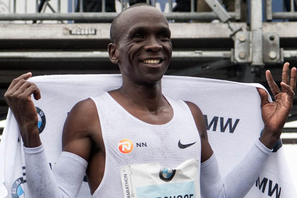 Eliud Kipchoge ging als Sieger ins Ziel, schaffte jedoch nicht den Weltrekord.