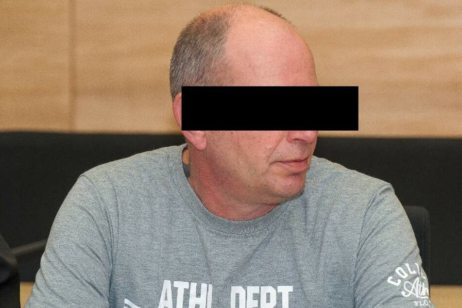 Der Angeklagte Markus W. steht unter Verdacht, seine Ehefrau erwürgt zu haben.