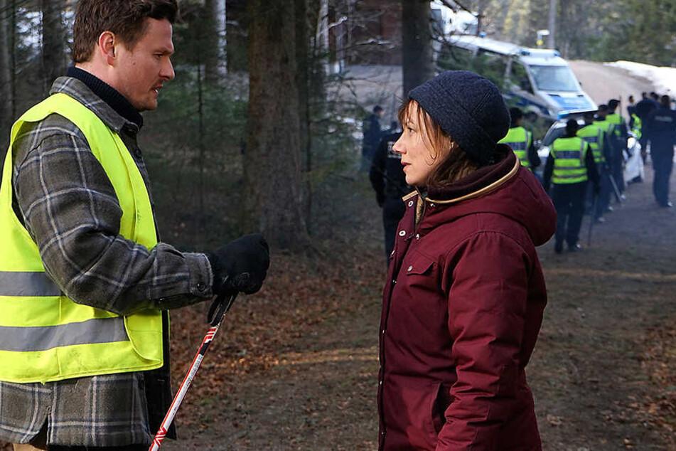 Die Kommissarin Franziska Tobler (Eva Löbau, 45) im kalten Einsatz.