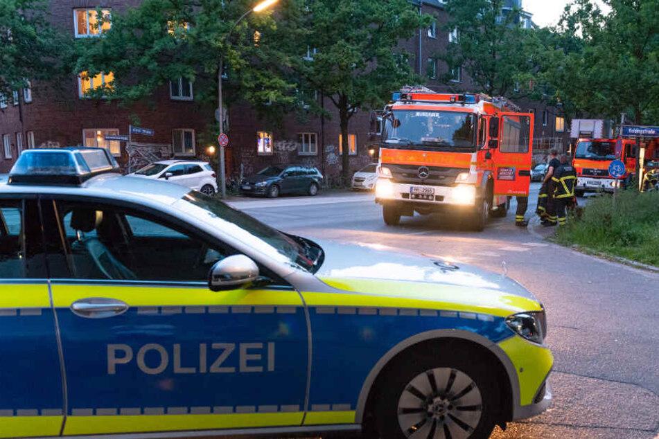 Polizei und Feuerwehr rückten zu dem Einsatz aus.