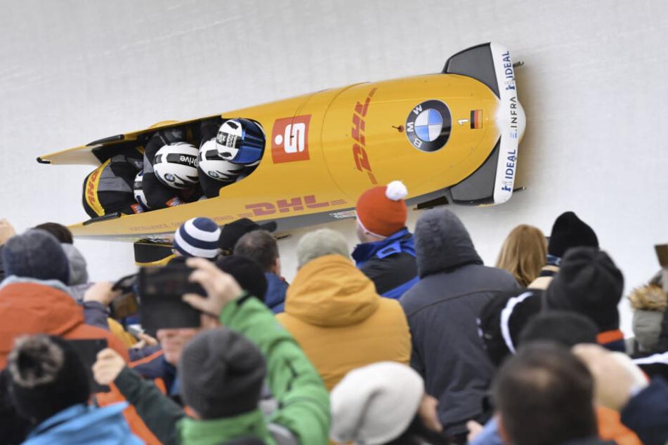 4000 Zuschauer kamen am heutigen Samstag an die Bobbahn, um Francesco Friedrich anzufeuern. Doch der Pirnaer leistete sich im zweiten Durchgang zu viele Fahrfehler.