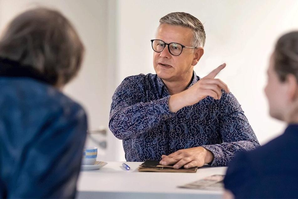 Der neue Pressesprecher der Stadt, Matthias Nowak (50), stellte sich in der TAG24-Redaktion vor.