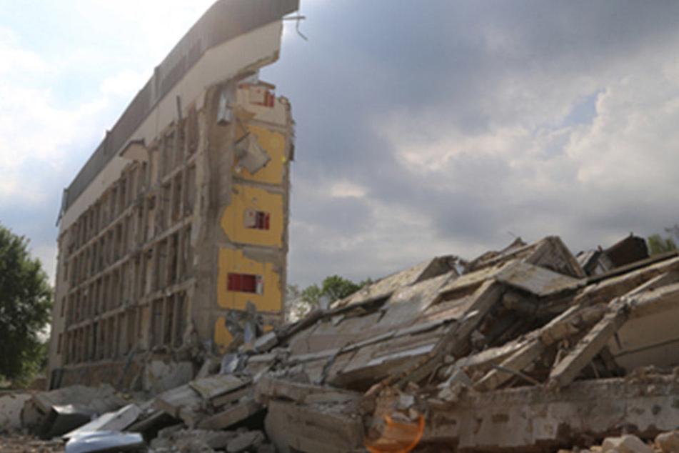Auch die zweite Sprengung des Krankenhauses Marktoberdorf misslang.