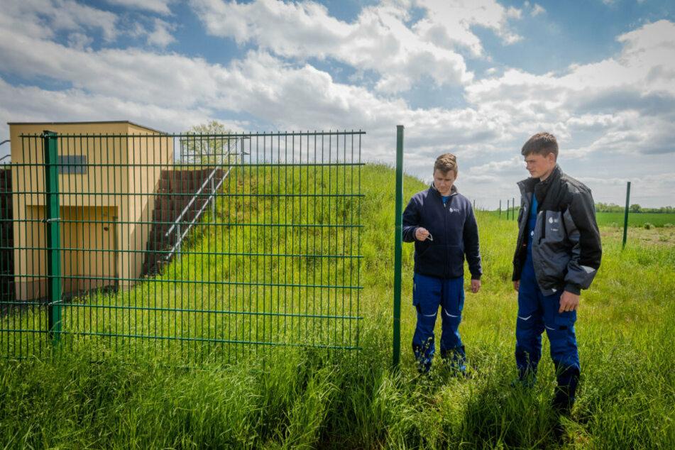 Alarm am Wasserspeicher: Zaun-Diebe klauen Absperrung