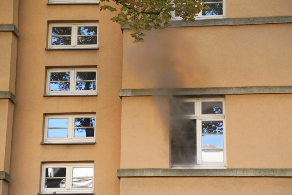 Im ersten Stock dieses Wohnhauses in Dresden-Strehlen brannte es in der Küche.