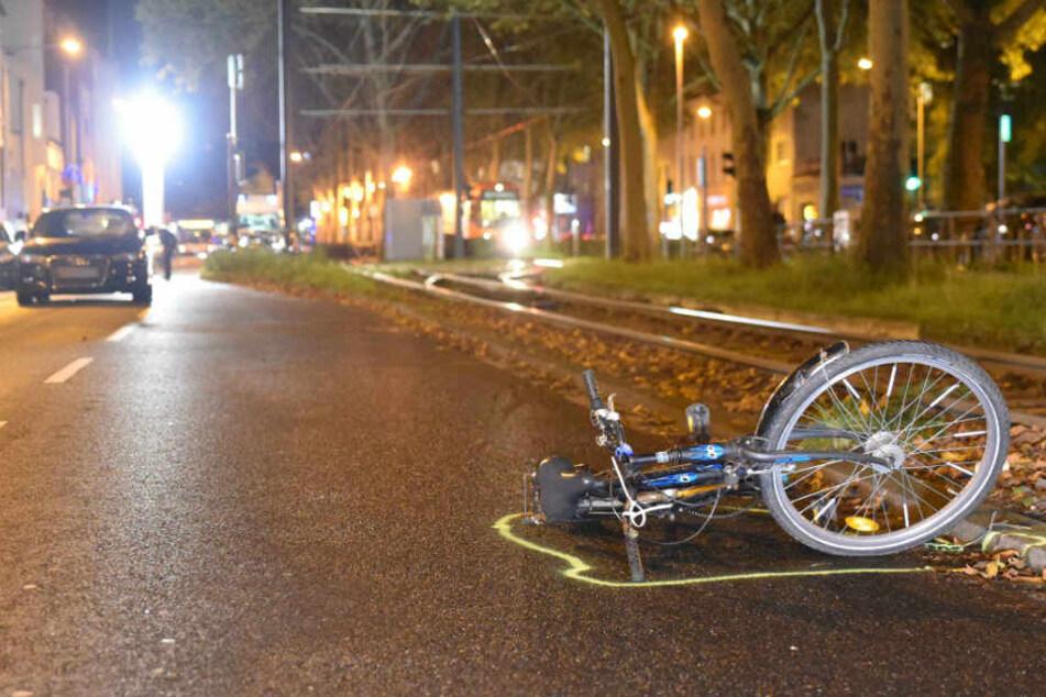 Junge Radfahrerin (13) nach Unfall schwer verletzt