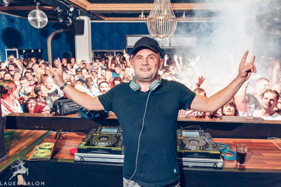 Seit den 80ern als DJ heiß begehrt: Maximilian Lenz (51) alias DJ Westbam bei seinem Auftritt vor einem Jahr  in Dresden.