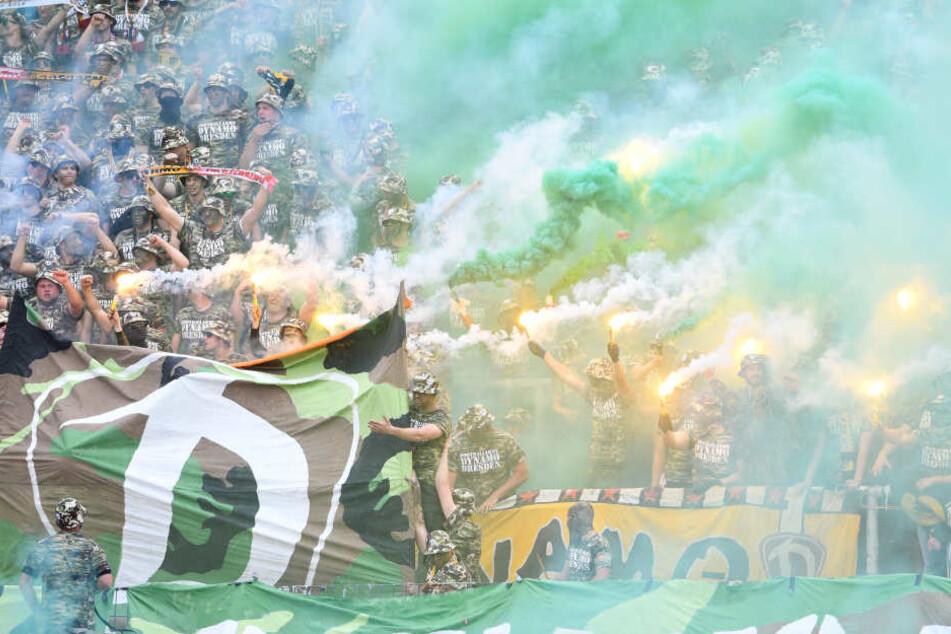Schon vor dem Anpfiff sorgten die mitgereisten Dynamo-Fans für Wirbel.