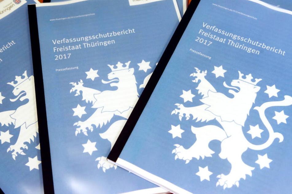 Im Thüringer Verfassungsschutzbericht von 2014 wurde die Band als rechtsextrem bezeichnet.