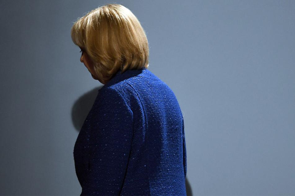 Hannelore (SPD) musste mit ihrer Partei eine herbe Niederlage einstecken.