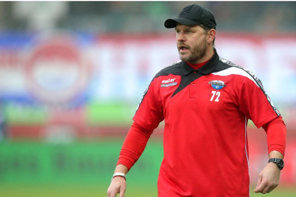 SCP-Coach Steffen Baumgart ist stolz auf seine Jungs.