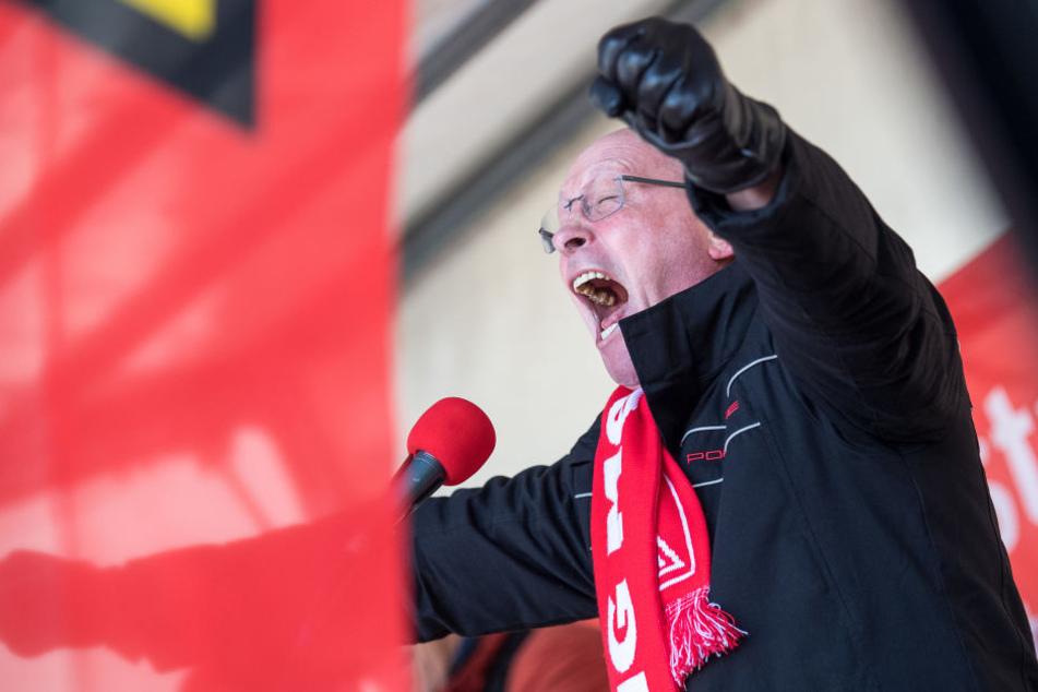 Die Ansprache im Video sitzt: Uwe Hück fordert Druck!
